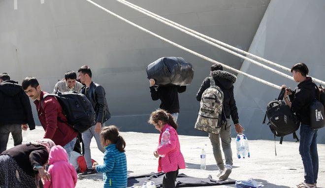 Μεταφορά προσφύγων (φωτογραφία αρχείου)