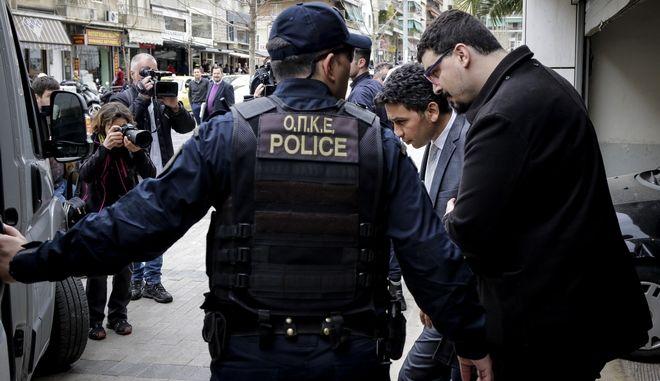 Θα τραβήξει η υπόθεση των οκτώ Τούρκων αξιωματικών