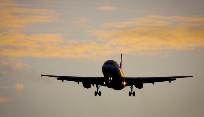 Τρόμος στον αέρα: Αεροσκάφος δεν προσγειώθηκε στο Ηράκλειο λόγω ανέμων