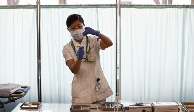 Εμβόλιο κατά του κορονοϊου στην Ιαπωνία