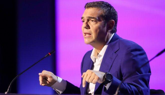 Ο Αλέξης Τσίπρας κατά την ομιλία του στη Θεσσαλονίκη