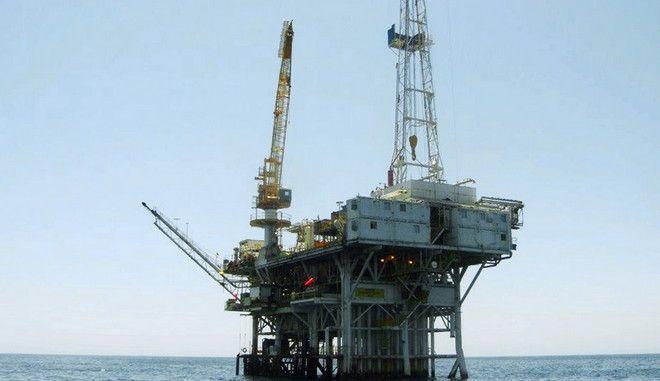 Πλατφόρμα άντλησης πετρελαίου, Φωτογραφία Αρχείου