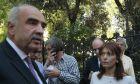 Ο Πρόεδρος της Νέας Δημοκρατίας Ευάγγελος Μεϊμαράκης αποχωρεί από το Προεδρικό Μέγαρο την Δευτέρα 24 Αυγούστου 2015. Ο αρχηγός της Αξιωματικής Αντιπολίτευσης ενημέρωσε τον κ Παυλόπουλο για τα αποτέλεσμα της διερευνητικής εντολής που έλαβε την περασμένη Παρασκευή. (EUROKINISSI/ΓΙΩΡΓΟΣ ΚΟΝΤΑΡΙΝΗΣ)