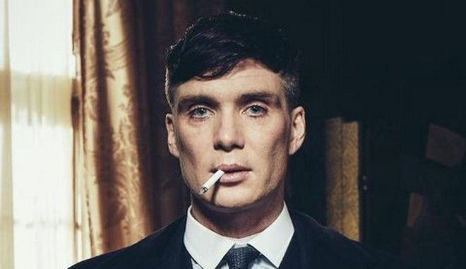 Peaky Blinders: Πόσα τσιγάρα καπνίζει ο Τόμας Σέλμπι τη χρονιά