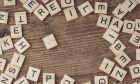 Κύβοι με γράμματα. Φωτό αρχείου.