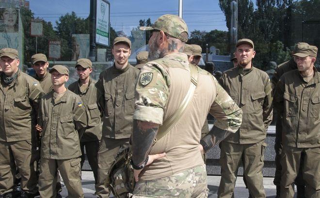 Αίμα, τιμή, Ουκρανοί: Οι δεσμοί Παππά με τον