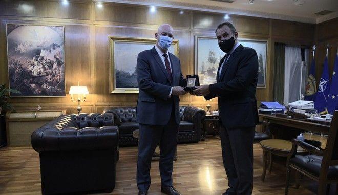 Ο υπουργός Εθνικής Άμυνας Νίκος Παναγιωτόπουλος είχε προγραμματισμένη συνάντηση με τον Αμερικανό βοηθό υπουργό Εξωτερικών
