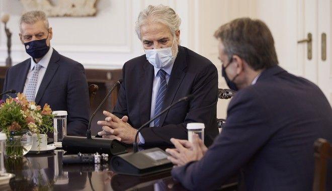 Σύσκεψη στο Μαξίμου με τη συμμετοχή του νέου υπουργού Πολιτικής Προστασίας, Χρήστου Στυλιανίδη