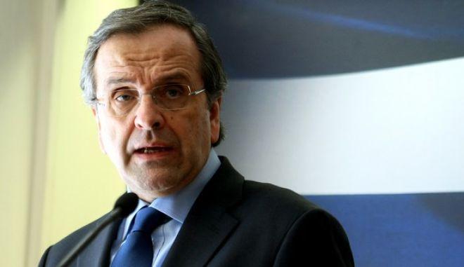 Δηλώσεις του Πρωθυπουργού Αντώνη Σαμαρά και του Υπουργού Οικονομικών Γιάννη Στουρνάρα,μετά την ολοκλήρωση των διαπραγματεύσεων με την Τρόϊκα,Τρίτη 18 Μαρτίου 2014 (EUROKINISSI-ΤΑΤΙΑΝΑ ΜΠΟΛΑΡΗ)