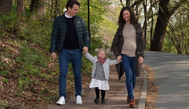 Γονική άδεια με αποδοχές δίνει η Volvo σε γυναίκες και άνδρες