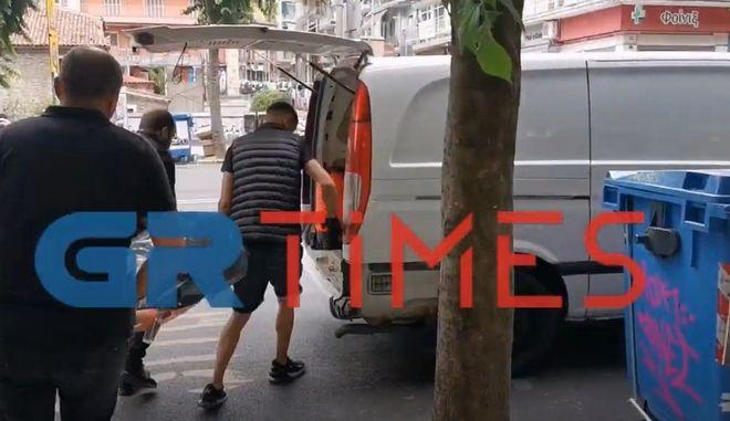 Θεσσαλονίκη: Πιθανόν αυτοχειρία ο θάνατος της φλεγόμενης γυναίκας