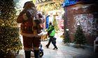 Δώρο Χριστουγέννων: Ο τρόπος καταβολής - Τι ισχύει για όσους είναι σε αναστολή