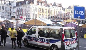 Γαλλία: Εκκένωση προαστίου - Εντοπίστηκαν φιάλες αερίου σε αυτοκίνητο