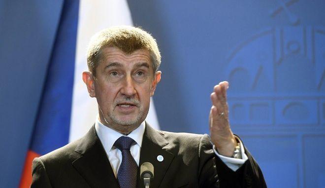 Έτοιμη η Τσεχία να προχωρήσει σε απωθήσεις μεταναστών