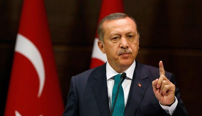 Τουρκία: Σε αναζήτηση του ελάχιστου βαθμού συνεννόησης για σχηματισμό κυβέρνησης