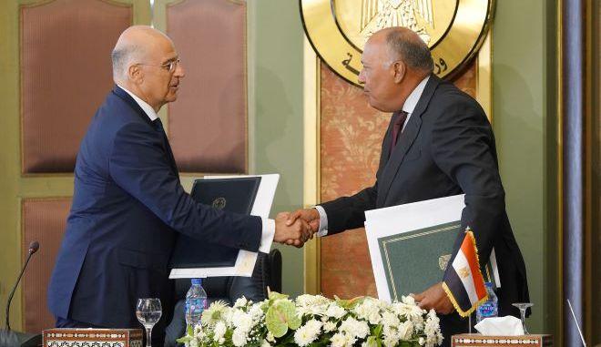 Συμφωνία Ελλάδας - Αιγύπτου για ΑΟΖ: Ένα δυνατό σημείο και τρία ερωτήματα