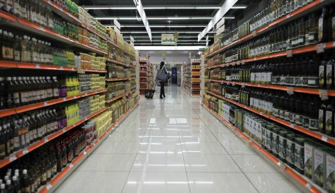 """Αυξήσεις σε προϊόντα """"βλέπει"""" η αγορά – Στο """"κόκκινο""""  οικογενειακοί προϋπολογισμοί"""