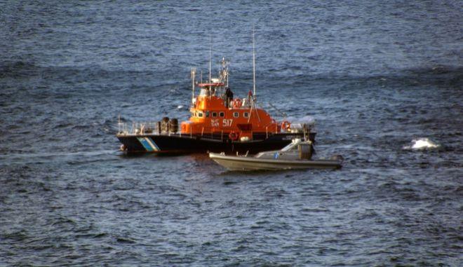 Σκάφος του λιμενικού - Φωτό αρχείου