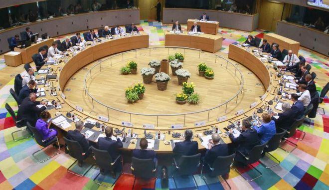 Σύνοδος Κορυφής: Βίσεγκραντ εναντίον όλων