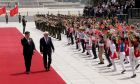 Θερμή υποδοχή του ΠτΔ Προκόπη Παυλόπουλου από τον Κινέζο ομόλογό του Σι Τζινπίνγκ στο Μέγαρο του Λαού, στο Πεκίνο