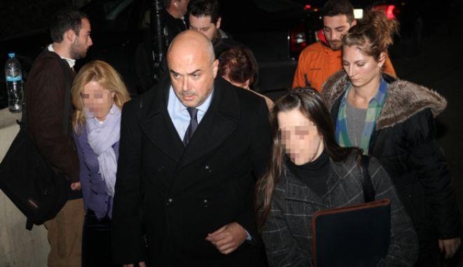 Στον εισαγγελέα οδηγήθηκε η σύζυγος του βουλευτή της Ν.Δ, Γεράσιμου Γιακουμάτου (Α) κατηγορούμενη για φορολογικές παραβάσεις, Δευτέρα 27 Ιαν. 2014. (EUROKINISSI/ΑΛΕΞΑΝΔΡΟΣ ΖΩΝΤΑΝΟΣ)