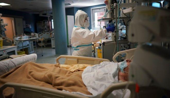 Κορονοϊός: Κίνδυνος για περισσότερους θανάτους από εγκεφαλικά εν μέσω πανδημίας