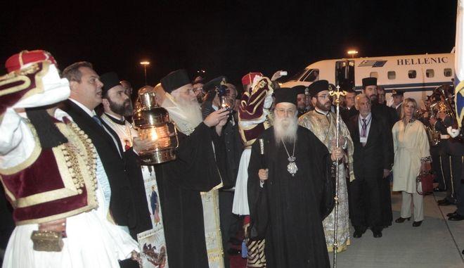 http://news247.gr/eidiseis/gnomes/article4624282.ece/BINARY/w660/agiofos.jpg