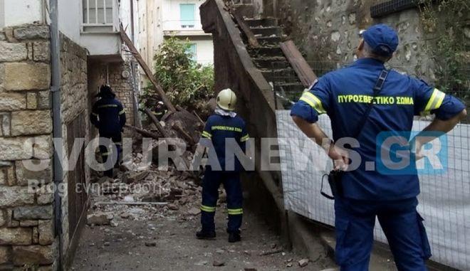 Καστοριά: Πτώση μπαλκονιού και απεγκλωβισμός γυναίκας