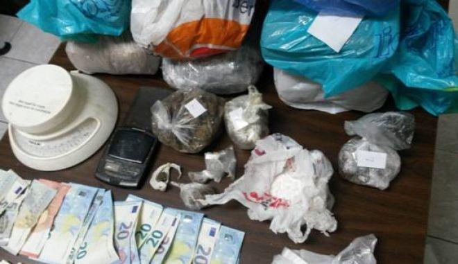 Σύλληψη διακινητή ναρκωτικών στο κέντρο της Αθήνας