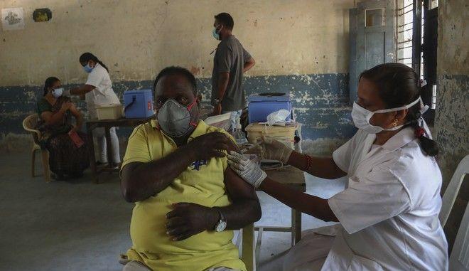 Εμβολιασμός κατά του κορονοϊού στην Ινδία