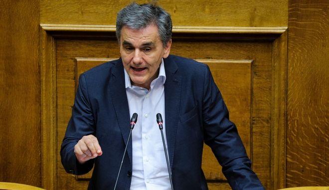 Ο υπουργός Οικονομικών Ευκλείδης Τσακαλώτος στη συζήτηση επί της προτάσεως του πρωθυπουργού για παροχή ψήφου εμπιστοσύνης στην κυβέρνηση
