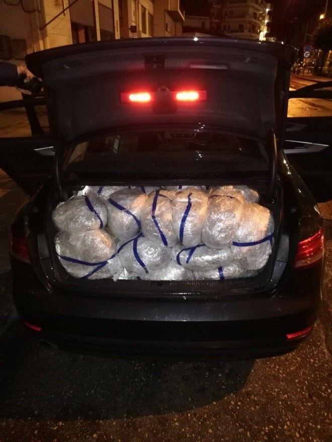 Θεσπρωτία: Συνελήφθη διακινητής με 105 κιλά κάνναβης και ένα γεμάτο Tokarev