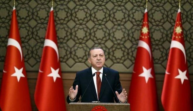 Ερντογάν: Πιθανό δημοψήφισμα για τις ενταξιακές συνομιλίες με τις Βρυξέλλες