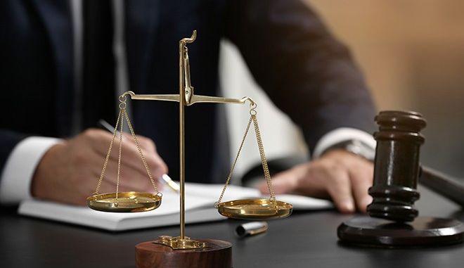 Σάλος στην Πορτογαλία: Δικαστήριο δικαιολογεί συζυγική βία σε βάρος 'άπιστης' γυναίκας