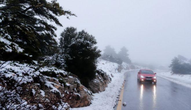 Χιόνια στη Πάρνηθα, Αρχείο
