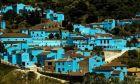 Τα Στρουμφάκια ''κέρδισαν'' τον Καντάφι σε ισπανικό χωριό