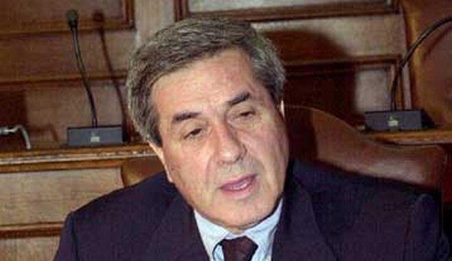 Ο Πέτρος Κουναλάκης