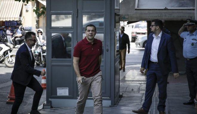 O Αλέξης Τσίπρας προσέρχεται στην Πολιτική Γραμματεία του ΣΥΡΙΖΑ, 12 Μαΐου 2018