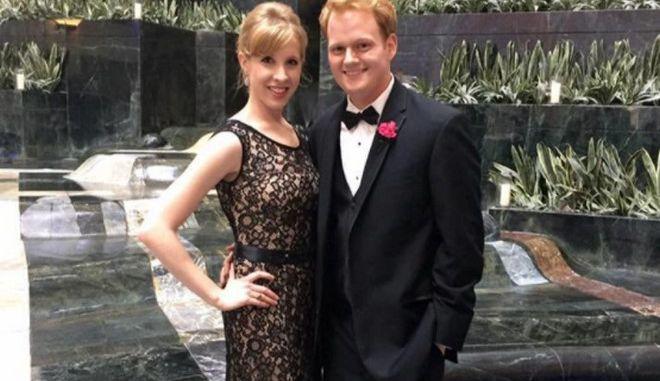 Είδε τη σύντροφό του να δολοφονείται σε ζωντανή σύνδεση