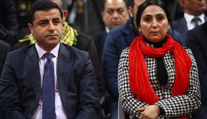 Τουρκία: Προφυλακίστηκε ο πρόεδρος του HDP Σελαχατίν Ντεμιρτάς