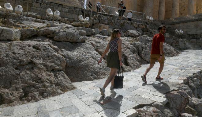 Πάσχα: Τι ώρες θα λειτουργήσουν οι αρχαιολογικοί χώροι το Πάσχα και την Πρωτομαγιά