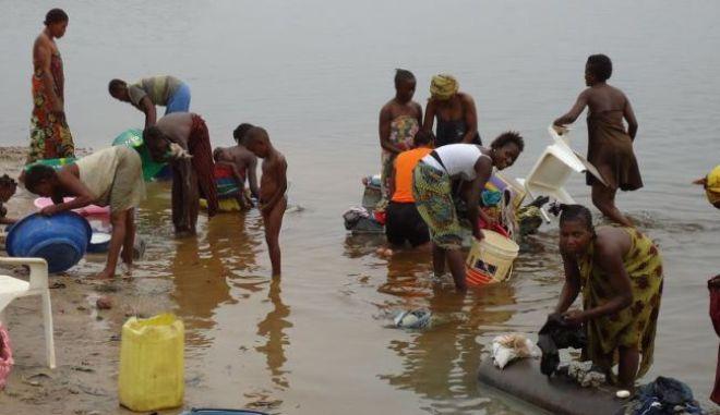 ΠΟΥ: Ξεκινά  στο Κονγκό εκστρατεία εμβολιασμού 800.000 ανθρώπων κατά της χολέρας