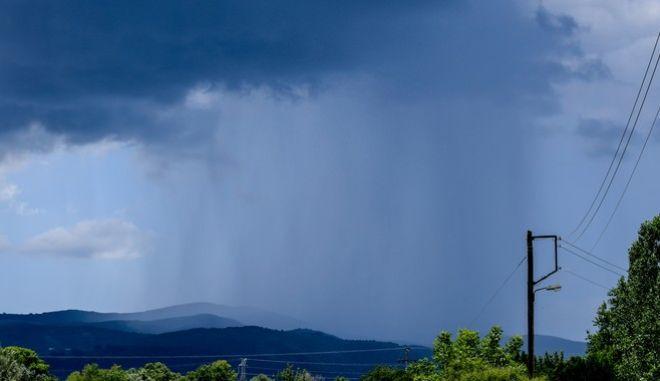Καταιγίδα αυτή την ώρα στην Κακιά Σκάλα - Μεγάλη προσοχή για τους οδηγούς