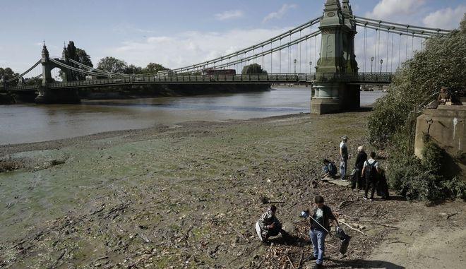 Ρύπανση στον ποταμό Τάμεση, Αγγλία