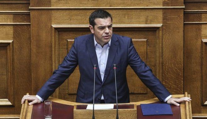 Τσίπρας σε ΠΑΣΟΚ - ΝΔ για διαφθορά: 'Δεν θα καθαρίσετε έτσι εύκολα'