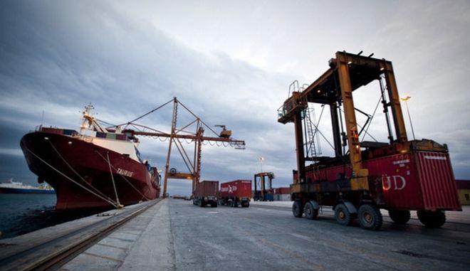 Αρνητικό ρεκόρ τετραετίας για τις ελληνικές εξαγωγές