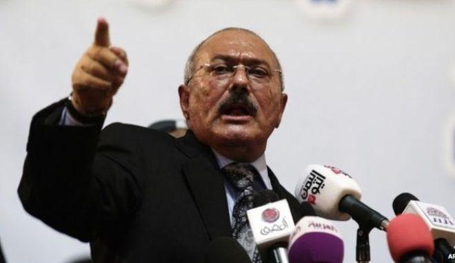 Ο πρώην πρόεδρος της Υεμένης ζητά άδεια να πάει στην Κούβα για τον Φιντέλ