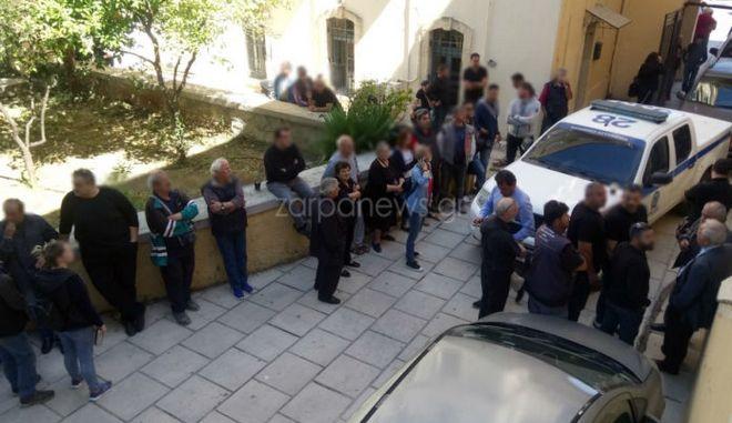 Οργή και φασαρίες στα δικαστήρια για τον φονιά του Κατσουλάκη