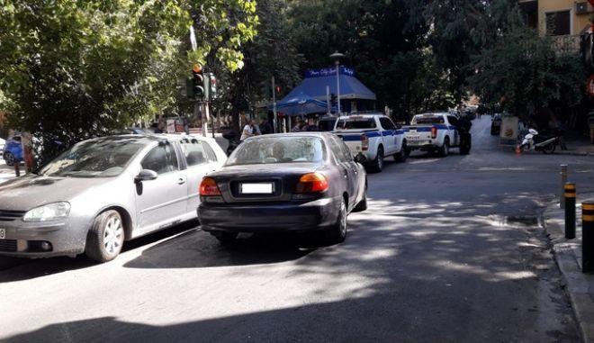 Έφοδος και προσαγωγές υπόπτων για διακίνηση ναρκωτικών στην Πλατεία Εξαρχείων