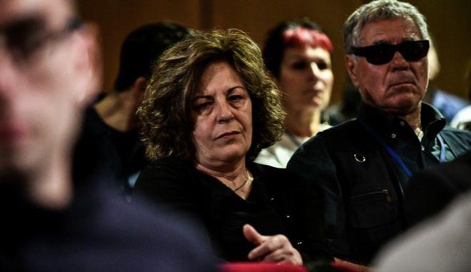 Οι γονείς του Παύλου Φύσσα παρακολουθούν την απολογία του κατηγορούμενου για διεύθυνση εγκληματικής οργάνωσης Γιάννη Λαγού στην δίκη της Χρυσής Αυγής